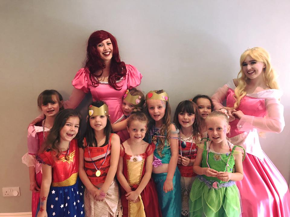 Ariel and Sleeping Beauty with little princesses