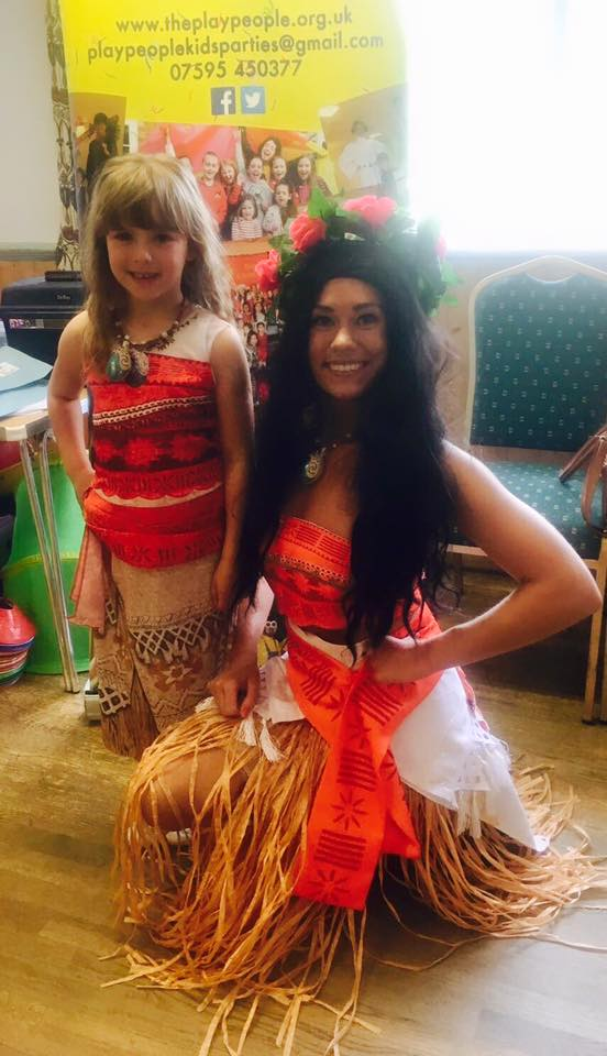 Moana and girl